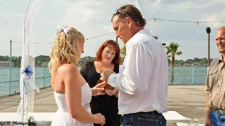 Lake Conroe, bar wedding, informal, ring exchange